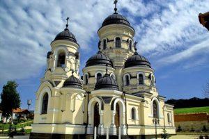 manastirea_Capriana_Moldova_blog-p_ru